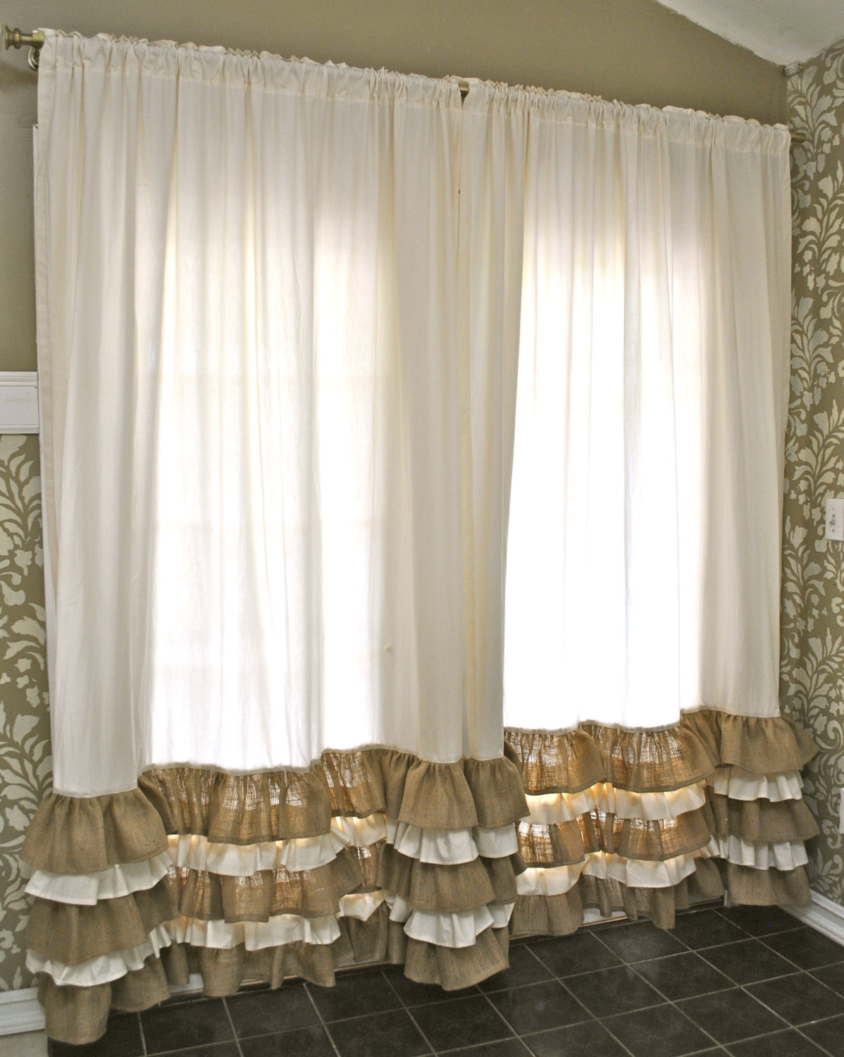 Burlap Window Treatments Practical And Stylish Variant Four