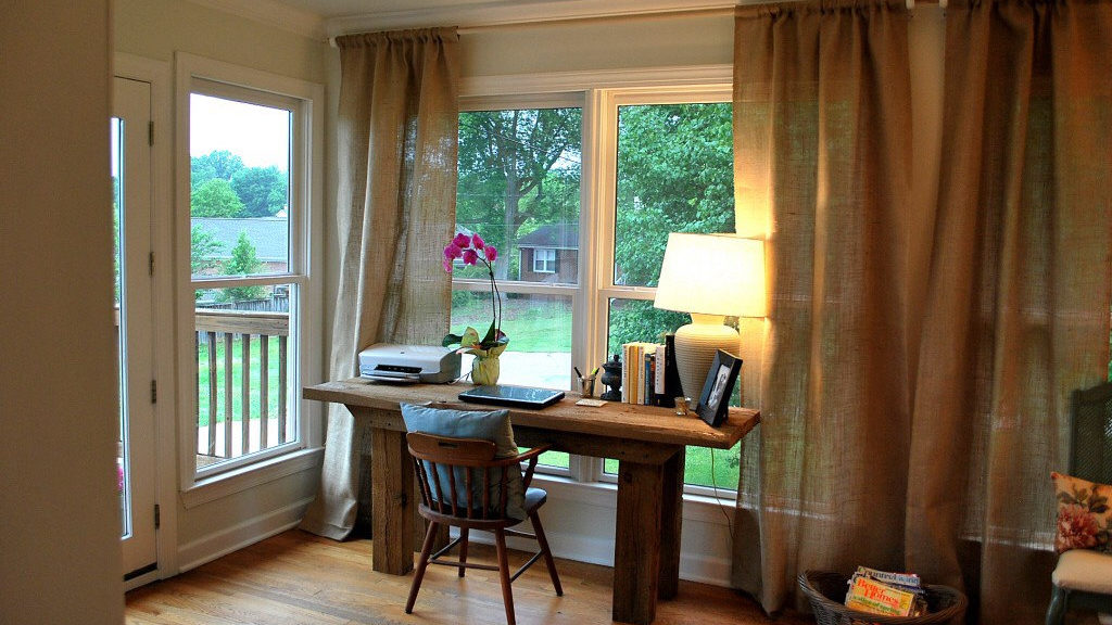 Burlap Window Treatments: Practical and Stylish Variant