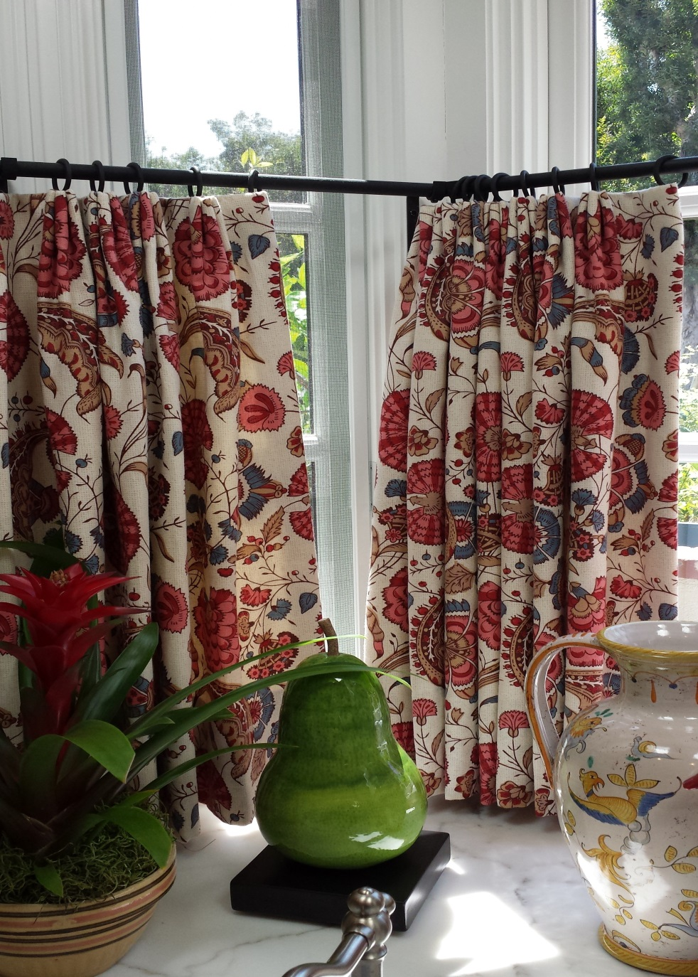 French country café curtains in vibrant colors